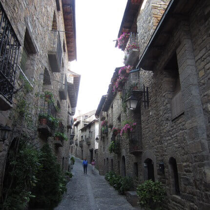 Calle Mayor de Aínsa